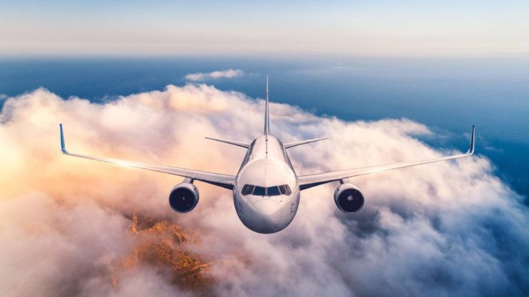airline in the air - choosing a flight school